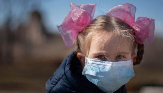child_wearing_mask